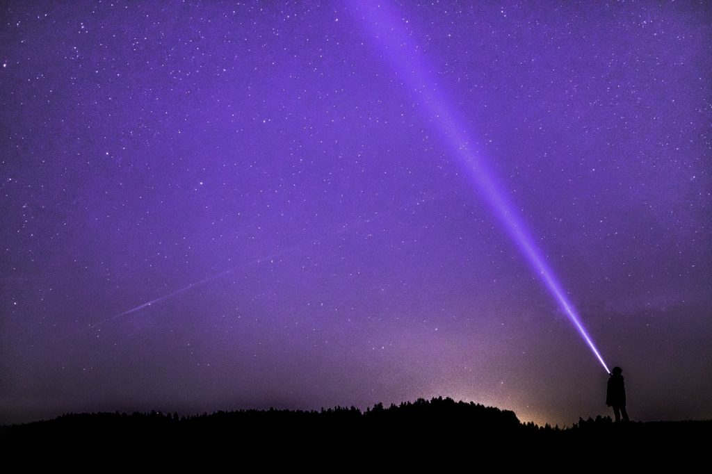 聖ジャーメイン 紫の光